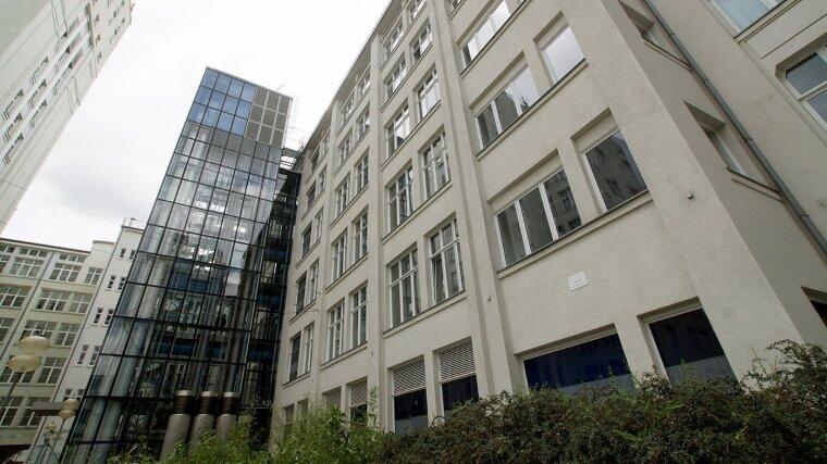 Gebäude FMI